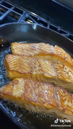 Salmon Recipes, Seafood Recipes, Cooking Recipes, Healthy Recipes, Comida Diy, Food Vids, Salmon Dishes, Tasty, Yummy Food
