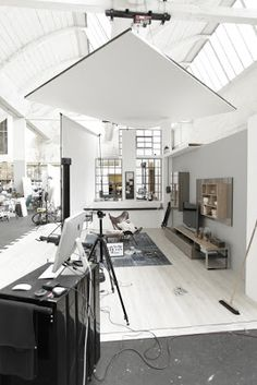 REALLY cool Workspace I want that bench for posing familes. Industrial all the way!