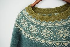 Ravelry: Lovewool-Knits' Seachange - love the colors Sweater Knitting Patterns, Knitting Stitches, Knit Patterns, Pullover Design, Sweater Design, Icelandic Sweaters, Fair Isle Knitting, How To Purl Knit, Knit Fashion
