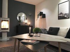 Battle, Wall Lights, Meet, Living Room, Instagram Posts, Home Decor, Appliques, Decoration Home, Room Decor