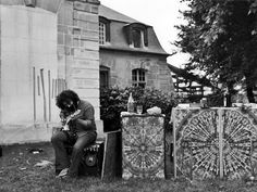Soundcheck - Chateau d' Herouville 1971 Photo: Rosie McGee