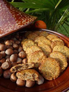 Ces petits biscuits Paléo croustillants qui sentent bon l'orange et la cannelle... Ils vous transportent au Maroc en une bouchée ! :)