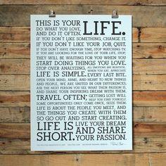 HOLSTEE社マニフェストポスター「THIS IS YOUR LIFE.」3人の創業者は2009年の起業時に、必要なビジネスプランなどは一切書かず、事業計画書の代わりにこのマニフェストポスターを作成しビジネスをスタートさせました。