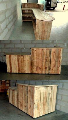 Holzpaletten formen Projekte um - Pallette-Projekte - Pallette - The Dallas Media Pallet Crafts, Diy Pallet Projects, Wood Projects, Woodworking Projects, Woodworking Plans, Diy Home Bar, Bars For Home, Wood Pallets, Pallet Wood