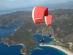 paragliding in Turkey Wonderful Places, Great Places, Book Cheap Hotels, Turkey Holidays, Turkey Photos, Hang Gliding, Parasailing, Get Outdoors, Luxury Holidays