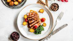 Sprøstekt andebryst med kryddersaus Grill Pan, Grilling, Kitchen, Sauces, Food, Drinks, Life, Caramel, Griddle Pan
