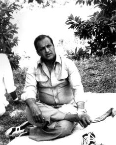 New Movie Images, New Images Hd, Rare Images, Rare Photos, Rare Pictures, Historical Pictures, N T Rama Rao, Telugu Desam Party, Fall Photo Shoot Outfits