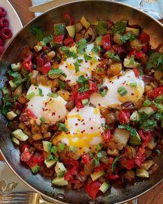 Fiesta Egg Potato Breakfast Skillet for Clean Eating Mornings! | Clean Food Crush