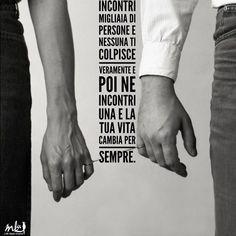 ➡️ Che cosa ti SPINGE a LEGARSTI ad una persona? #lifestylecoach #lifestylecoachmk #mk #life #vita #stile #style #donna #woman #pilloledelgiorno