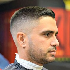 i just love this Fresh Fade Haircuts - High Skin Fade with Buzz Cut. It looks awesome on thiy guy and looks much younger! High Skin Fade, Short Hairstyles For Women, Haircuts For Men, Trendy Hairstyles, Fresh Haircuts, Military Haircuts, Hairstyles 2018, Black Hairstyles, Medium Hair Styles