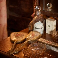 Vintage Style Hire ~ Antique Props For Styling Your Wedding Day...  Vintage Accessories #4