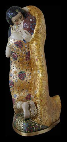 El Beso de Klimt (escultura)