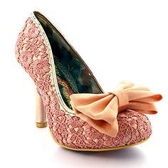 91d216a3634852 Irregular Choice Damen Mal E Bow Pumps  Amazon.de  Schuhe   Handtaschen.  Regelwidrige WahlRosa High HeelsVintage ...