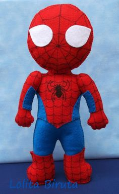 Boneco Homem aranha em feltro Felt Diy, Felt Crafts, Diy And Crafts, Spiderman, Batman, Sewing For Kids, Diy For Kids, Homemade Toys, Felt Christmas Ornaments