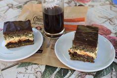 Prajituri si alte bunatati de la Anca: Prajitura cu mac , crema de vanilie si gem de cais...
