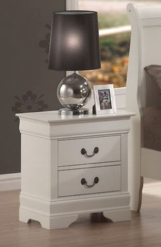 Coaster 201692 Louis Philippe Traditional Night Stand White New | $169.00
