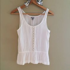 Very cute tank top Simple yet so cute. Only worn a couple times. In very good condition. aerie Tops Tank Tops