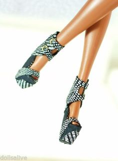fashion royalty, fr2,black /white reptile leather wedge shoes