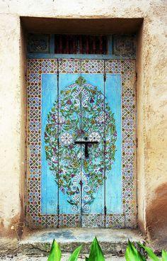 Africa | Painted Door, Rabat Oudaias, Morocco | © David & Bonnie, via flickr