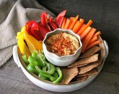 Aprende a preparar un rico hummus con verduras!    #Hummus #HummusConVerduras #HummusFacil #RecetasFaciles #RecetasVeganas #RecetasVegetarianas #RecetasLigeras #RecetasSaludables