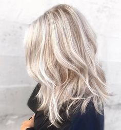 Ashy icy blonde hair shoulderlength hairstyles