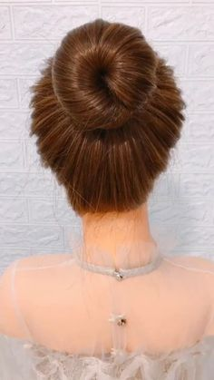 Easy Hairstyles For Long Hair, Cute Hairstyles, Wedding Hairstyles, Long Hair Buns, Step Hairstyle, Beach Hairstyles, Easy Hair Buns, Wavy Hair, Diy Hair Bun