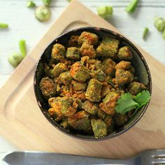 Bhindi Zunka (Okra cooked with chickpea flour and spices)