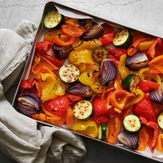 Ratatouille, Zucchini, Ethnic Recipes, Food, Red Peppers, Essen, Meals, Yemek, Eten