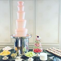 What a way to spend my Mother's Day - pink chocolate fountain - amazeballs, wish I could have brought this home @langhammelbourne #lovinglangham