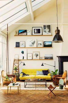 """No es un LOFT, es """"EL LOFT""""... Un espacio ¡¡¡DIVINO!!! que conjuga a la perfección, arte, clase y últimas tendencias... Escasos metros que encierran espacios """"a lo grande"""" sin privarse ni escatimar en detalles...El estilo hoy se llama """"INDUSTRIAL"""" y amarillo, madera, metal, paredes blancas, cuero y rincones...¡SED FELICES! ..."""