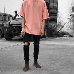 """4,925 mentions J'aime, 17 commentaires - STREETWEAR ☓ GERMANY (@streetwearde) sur Instagram : """"Heavy Terry Boxy T-Shirt X Destroyed ankle zip Jeans. 8 colors available. Choose your best outfits…"""""""