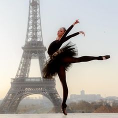 Dancing Ballerina at the Eiffel Tower in Paris by Magdalena Martin.    #Dancing #Ballerina #dance #EiffelTower #LatourEiffel #Paris #France #MagdalenaMartin Ballet Photography, Lifestyle Photography, Smiling People, Ballet Dancers, Ballerinas, Paris Eiffel Tower, Dance Photos, Paris Street, Photo S