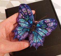 Big Butterfly Beaded Brooch / Fairy Jewelry in Magical Colors / Unique Brooch Girlfriend Gift / Beetle B # Brooch About Großer Schmetterling Perlen Brosche / Fee Schmuck in magischen Farben / einziga. Brooches Handmade, Handmade Beads, Handmade Bracelets, Handcrafted Jewelry, Bead Embroidery Jewelry, Beaded Embroidery, Bead Jewellery, Beaded Jewelry, Jewellery Shops