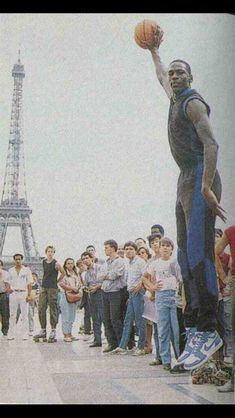 Michael Jordan in Paris (1985)