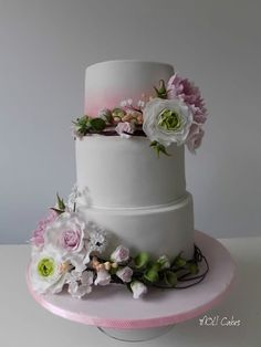 Flowers - cake by MOLI Cakes