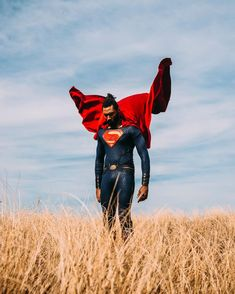 If you want to fly, give up everything that weighs you down 🦋 • • • • • • #dcfandome #seattlesuperman #mondaymotivation #blackboyjoy… Black Superman, Superman Logo, Merida, Superman Photos, Superman Cosplay, Levitation Photography, Geek Games, Clark Kent, Man Of Steel
