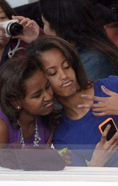 4 Times Sasha and Malia Obama Were Basically You and Your Sister