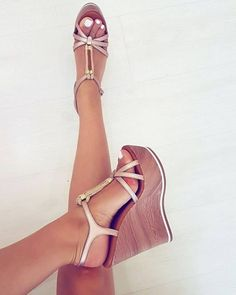 platform high heels for small feet Sexy High Heels, High Heels Boots, Chunky High Heels, Platform High Heels, High Heels Stilettos, Wedge Sandals, Heeled Boots, Shoes Heels, Black Wedge Shoes
