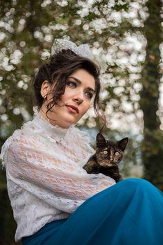 Retro-Vintage Model Photo by Hüseyin Toprak  #photography #portrait