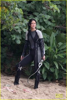 VIDEO: BTS footgae from the filming of Catching Fire
