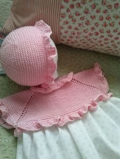 This Pin was discovered by Olg Crochet Kids Scarf, Crochet Vest Pattern, Baby Girl Crochet, Crochet Baby Booties, Knit Crochet, Baby Hats Knitting, Knitting For Kids, Knitted Hats, Knitted Baby Cardigan
