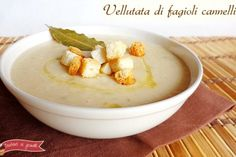 Vellutata di fagioli cannellini Veg Recipes, Light Recipes, Easy Healthy Recipes, Italian Recipes, Vegetarian Recipes, I Love Food, Good Food, Yummy Food, Clean Eating Recipes For Dinner