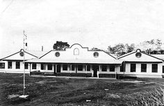Theefabriek Goalpara, Soekaboemi Unknown date Sukabumi, Dutch East Indies, Old Pictures, Explore, Mansions, Coffee, House Styles, Antique Photos, Mansion Houses