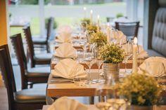 Wir freuen uns auf Ihren Besuch zu jeder Gelegenheit! Table Decorations, Home Decor, Landscape, Decoration Home, Room Decor, Home Interior Design, Dinner Table Decorations, Home Decoration, Interior Design