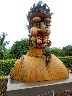 Phillip Haas sculpture