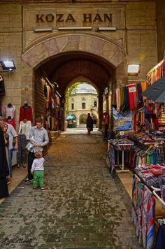 Bursa, Turkey Turkish People, Blue Mosque, Pamukkale, Turkey Travel, Famous Places, Beautiful Buildings, Beautiful Places, Istanbul Turkey, National Parks