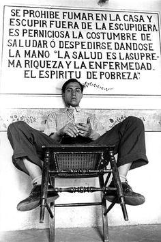 Henri Cartier-Bresson: Tehuantepec. State of Oaxaca. Mexico, 1934. Learn Fine Art Photography - https://www.udemy.com/fine-art-photography/?couponCode=Pinterest10