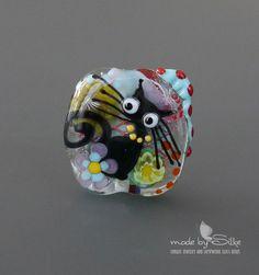 Handmade lampwork bead focal   |   Stray Cat   |  lentil  |  SRA  |  artisan glass |  Silke Buechler by calypsosbeads on Etsy https://www.etsy.com/listing/249340400/handmade-lampwork-bead-focal-stray-cat