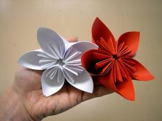 Origami flowers for beginners - How to make origami flowers very easy
