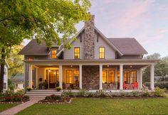 90 incredible modern farmhouse exterior design ideas (20) #LuxuryExteriorDesign